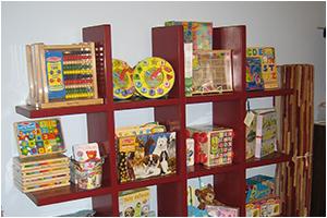 La Bella Cosa Culver City Kids Bookcase
