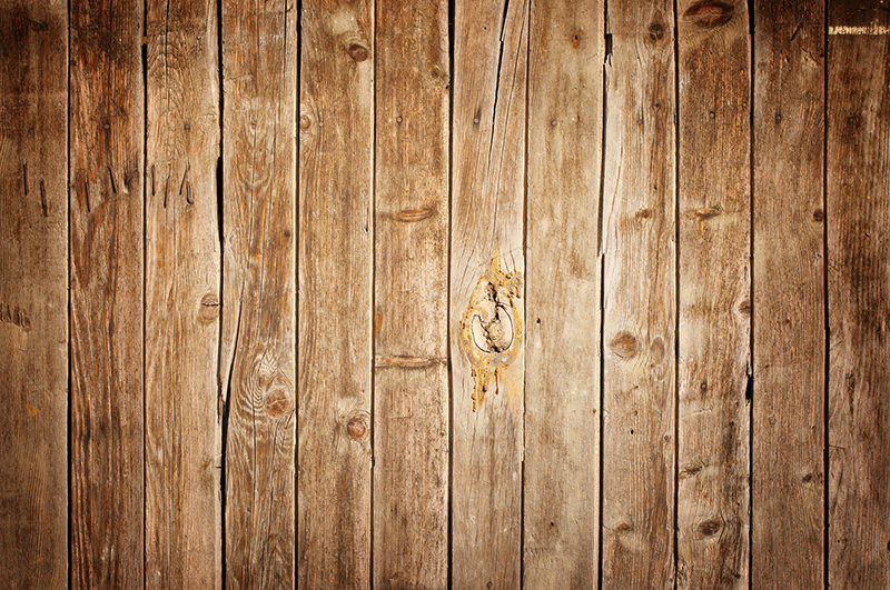 Pros and cons of different wood types la bella cosa for Wood stain pros and cons