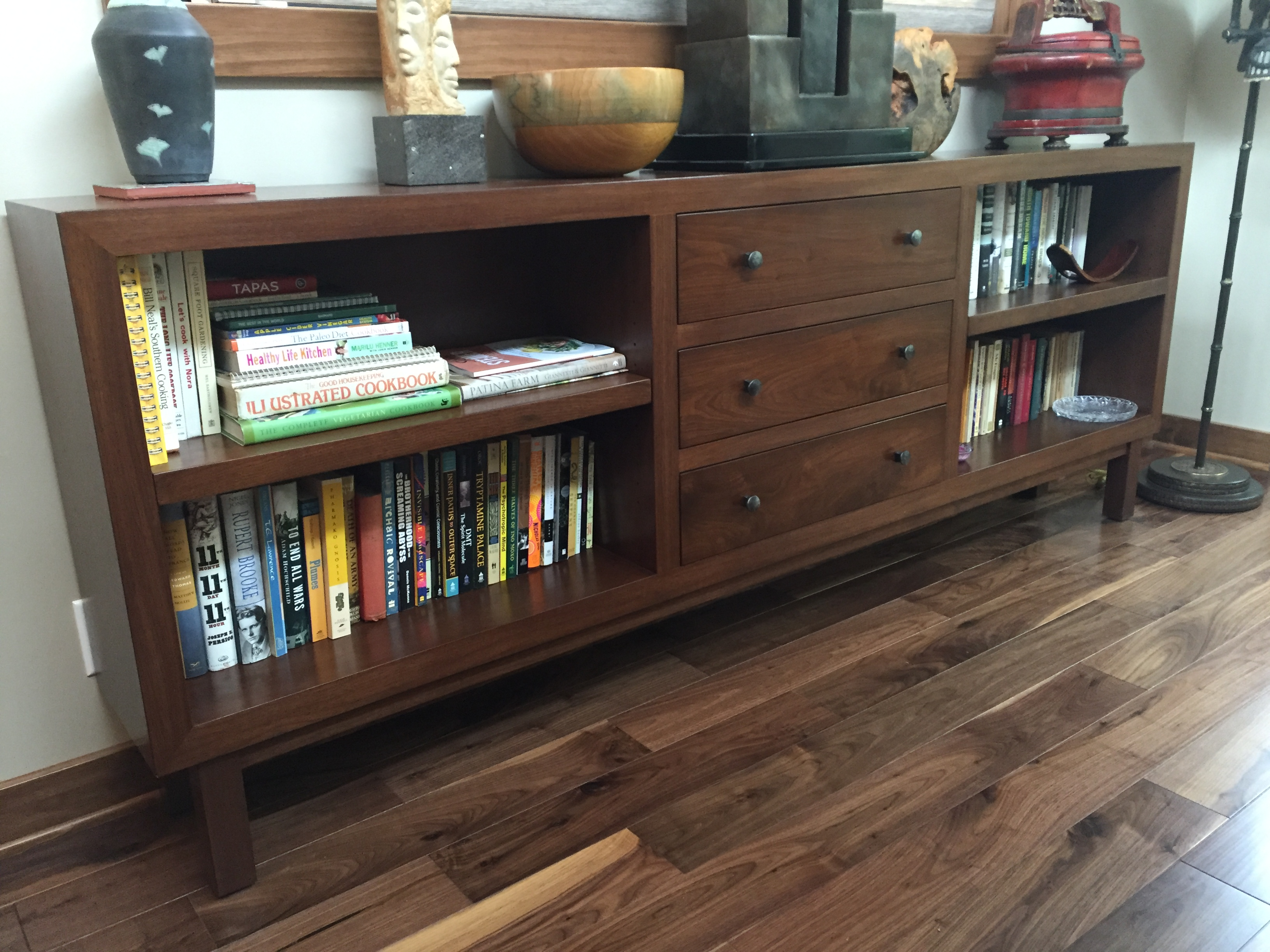 Superieur Enlarging A Small Space With Bespoke Furniture